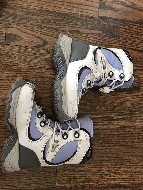 Size 11 kids snow / rain boots