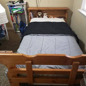 Twin Pine bed. for Sale in Cary, NC