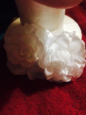 White Hair flower clips for Sale in Nashville, TN