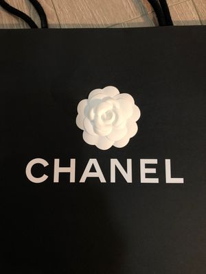Chanel shoping bag for Sale in Monterey Park, CA