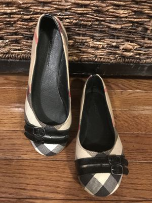 Burberry ballerinas size 4 for Sale in Kildeer, IL