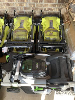 New and used snow blower and electric lawn mower for Sale in Fort Worth, TX