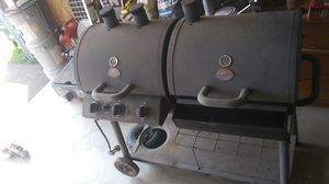 Professional BBQ Grill & Smoker ($500 New) for Sale in Portland, OR