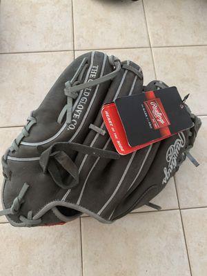 Rawlings glove for Sale in Homestead, FL