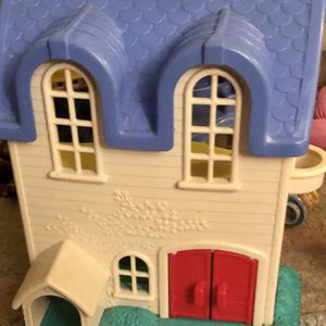 Fisher Price Doll House for Sale in Hampton Township, PA