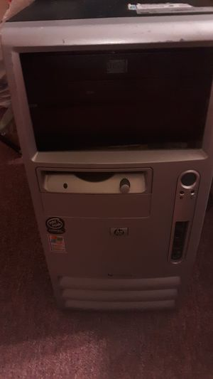 Desktop computer needs to be clean but works for Sale in East Greenbush, NY