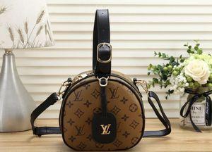 New crossbody handbags super cute for Sale in Las Vegas, NV