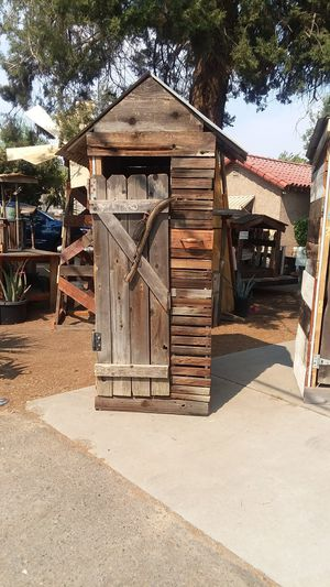 Freshly made new outhouse serious buyers please for Sale in Clovis, CA