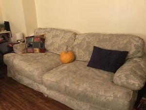 Comfy couch! for Sale in Arlington, VA