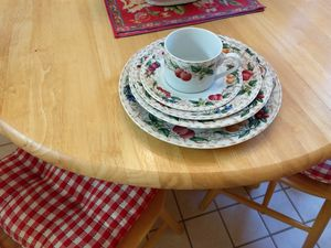 American Atelier Florentine fruit pattern for Sale in Middleburg, VA