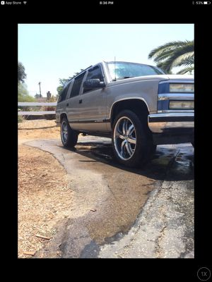 Chevy Tahoe for Sale in Chino, CA