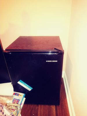 Mini fridge for Sale in Blackwood, NJ