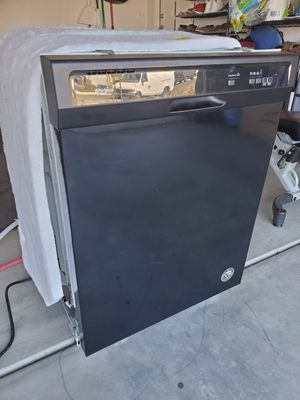 Whirlpool Dishwasher for Sale in Winchester, CA