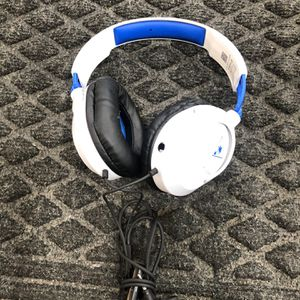 Turtle Beach War Force Recon White And Blue Corded Headphones for Sale in Humble, TX