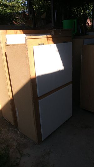 Kitchen cabinets for Sale in March Air Reserve Base, CA
