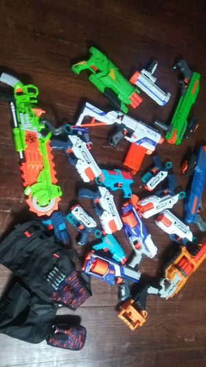 Toy gun lot nerf gun mostly for Sale in Chicago, IL