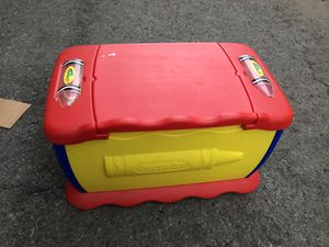 Crayola Toy chest/Desk for Sale in Oceanside, CA