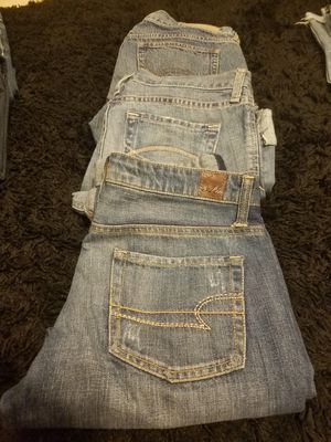 Crop Jean's American eagle size6 reg A&F size 4 and 6 for Sale in Wesley Chapel, FL