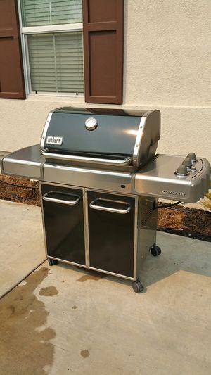 Weber Genesis BBQ grill for Sale in Murrieta, CA
