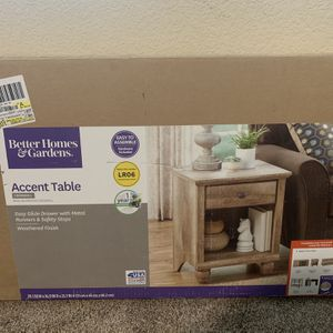 Brand New Better Home Goods Accent Table for Sale in Tulare, CA