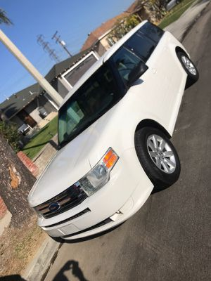Ford Flex 2009 113K for Sale in Wilmington, CA