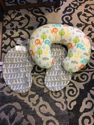 Boppy Nursing pillow with extra cover for Sale in Washington, DC