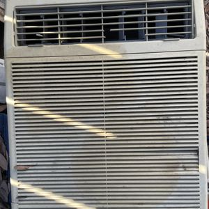 Wall AC Unit for Sale in El Cajon, CA