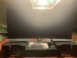 Dell u3415w Curved Ultrasharp monitor great for gaming for Sale in Orlando, FL