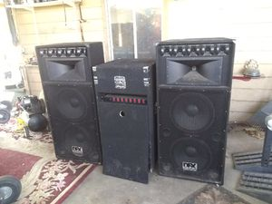 Dj system nice big black speakers everything is in good working condition for Sale in Phoenix, AZ