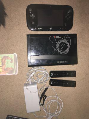 Wii U gonsole w/ 5 games 3 control 32gb for Sale in San Diego, CA