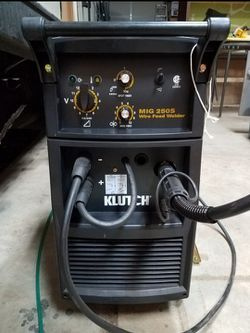 Klutch MIG 250S Wire-Feed Welder — 250 Amp for Sale in Oregon City,  OR