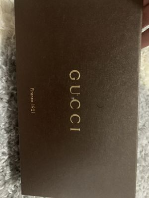 Gucci chain wallet cross body for Sale in Glenview, IL