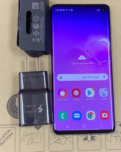 Samsung galaxy s10 128 gb unlocked, sold with store warranty for Sale in Boston,  MA