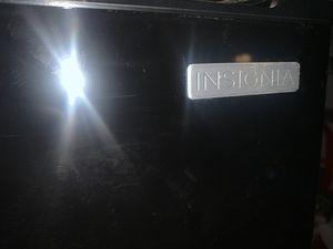 Insignia refrigerator for Sale in Moreno Valley, CA