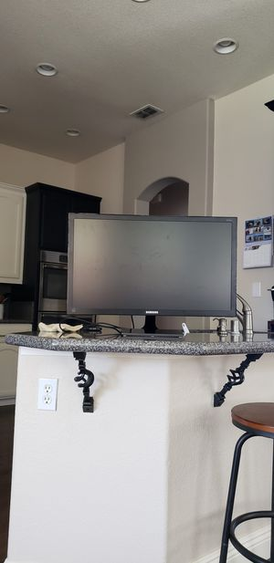 Computer monitor for Sale in Orangevale, CA