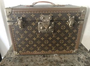 Authentic Louis Vuitton trunk luggage bag for Sale in Ontario, CA