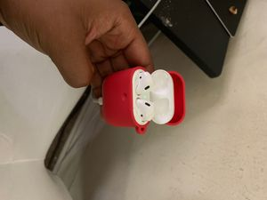 AirPods With Case for Sale in Laurel, MD