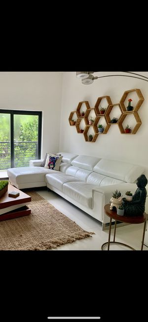 White Leather Couch for Sale in Pompano Beach, FL