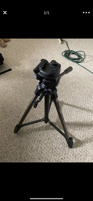 Camera tripod for Sale in Huntington Beach, CA