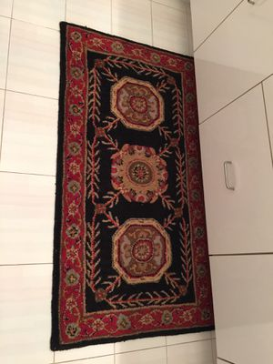 2 rugs carpets mats. Both for $50. Foyer. Hall. Bathroom. Door. Beautiful. Traditional. Oriental rug style. for Sale in Boca Raton, FL