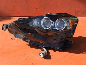 2014 2015 2016 LEXUS IS250 IS350 IS200T LED HID HEADLIGHT LEFT SIDE USED OEM for Sale in Los Angeles, CA