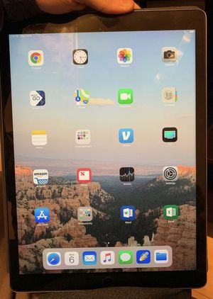 Apple IPad Pro 12.9 in for Sale in St. Louis, MO