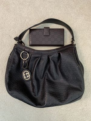 Authentic Gucci bag with matching wallet. for Sale in FL, US