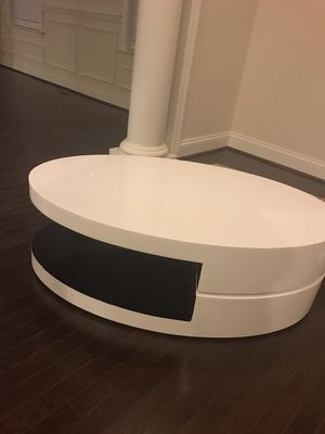 Modern white and black high gloss coffee table. for Sale in Rockville, MD