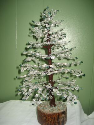 AGATE STONE TREE, CRYSTAL & GREEN BIDS for Sale in Jersey City, NJ