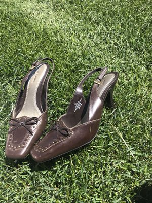 Size 7 brown dress heels for Sale in Aurora, CO