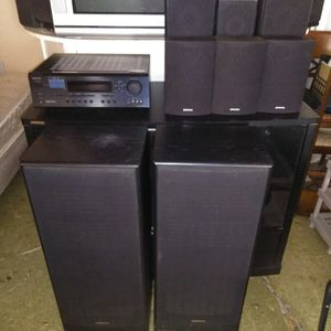Onkyo surround sound system with 8 speakers home theater system for Sale in San Diego, CA