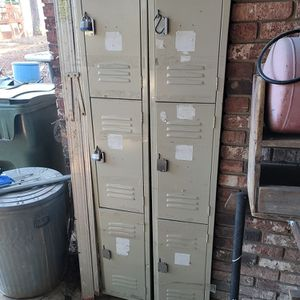 Lockers Need Gone ASAP for Sale in Cayce, SC