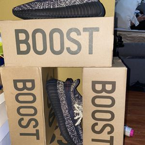 Yeezy Black Reflective for Sale in Claremont, CA