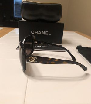 Chanel Gabrielle Sunglasses with case for Sale in Nashville, TN
